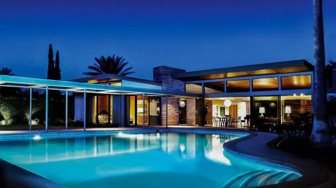 Kick Any Group Vacation Up a Notch by Adding a Luxury Home