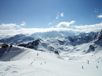 Travel Advice for Taking the Kids Skiing