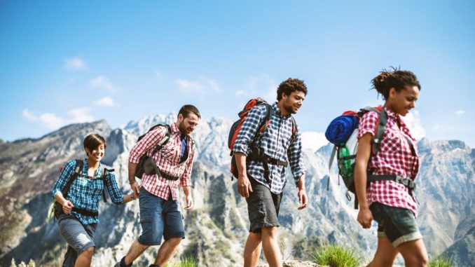 Why Everyone Should Travel Abroad While They're Young